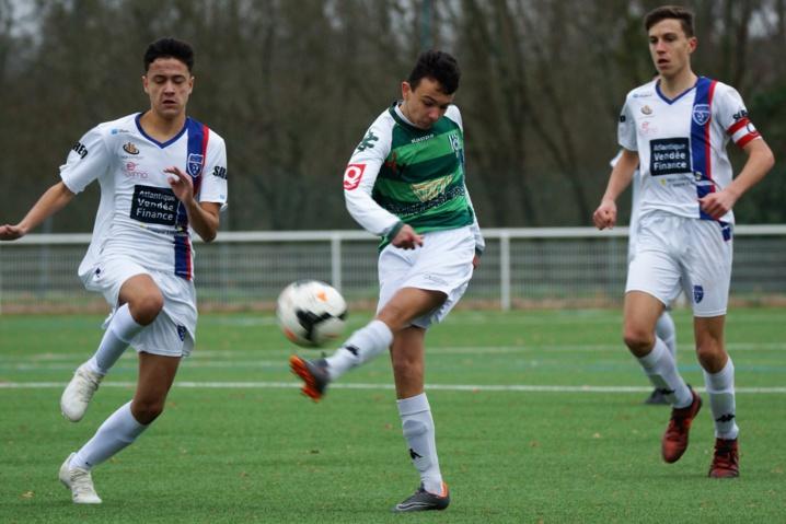 U17 R2: Angers SCO B-SFT: Bis repetita, Les blancs craquent en fin de match