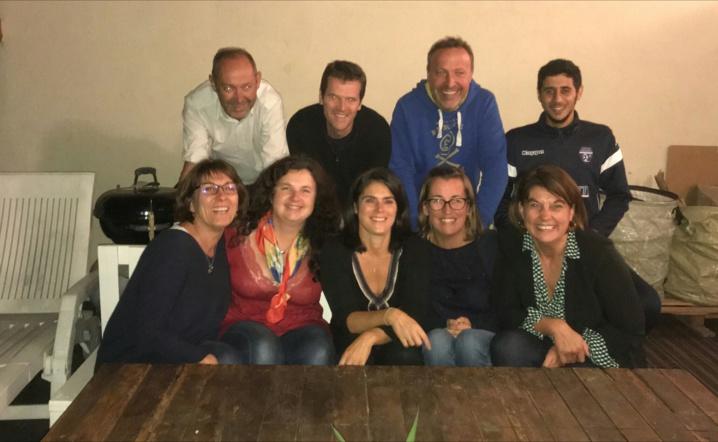 De gauche à droite: Florence, Anita, Laurent, Cecile, Vianette et Marie Aline.  Sont absent sur la photo: Jean, Virginie, Dany, Reynald...